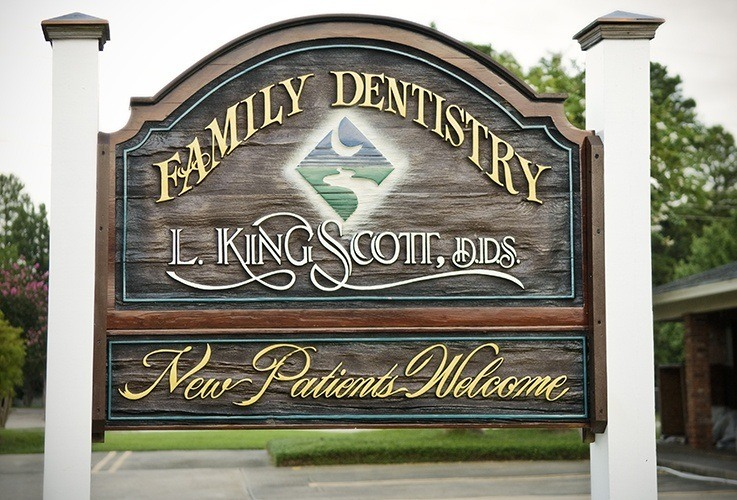 Dental office outdoor sign